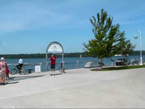 Ontario Travel: Discovering Hamilton by Bicycle