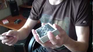 Обучение - карточный трюк - бросок карты в колоду