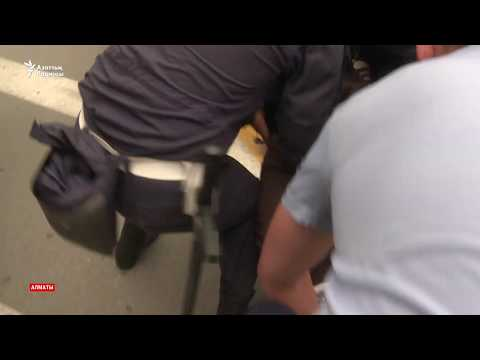 Полиция ұстағандардың бірі қолын кесті