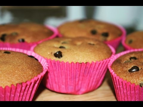 Easy Chocolate-Chip Cupcakes | How To Make Basic Cupcakes