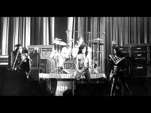 Kiss live at East Lansing [21-10-1974] - Full Show