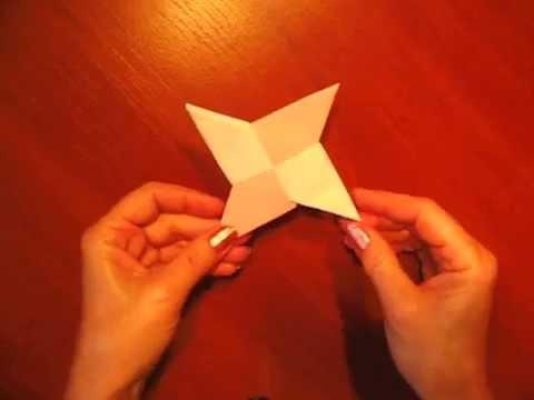 видео: Летающий сюрикен из бумаги / Оригами из бумаги - paper ninja star / Подарки Поделки с детьми