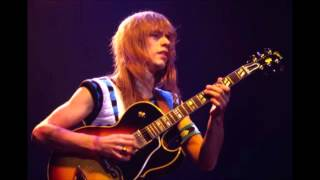 Sketches in the Sun - Steve Howe