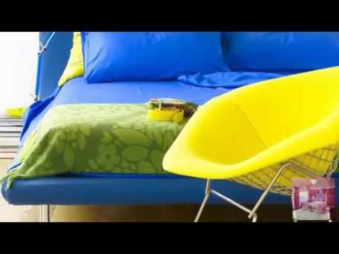 Контраст желтого и синего цвета в интерьере