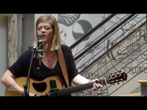 Sixthman Sessions - Liz Longley