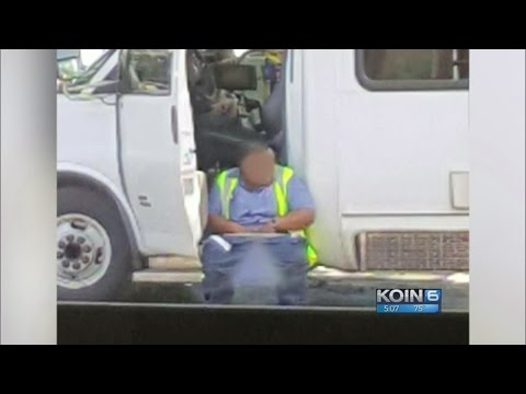 Bus driver seen defecating in Tigard parking lot