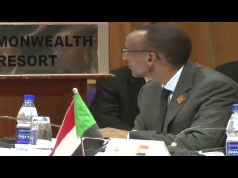 Rwanda's Kagame jets in for crucial regional talks