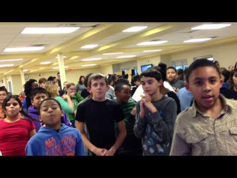 2013 Troy NY Middle School DJ Party Fun - DJ Kenny Casanova (ylvis - fox)