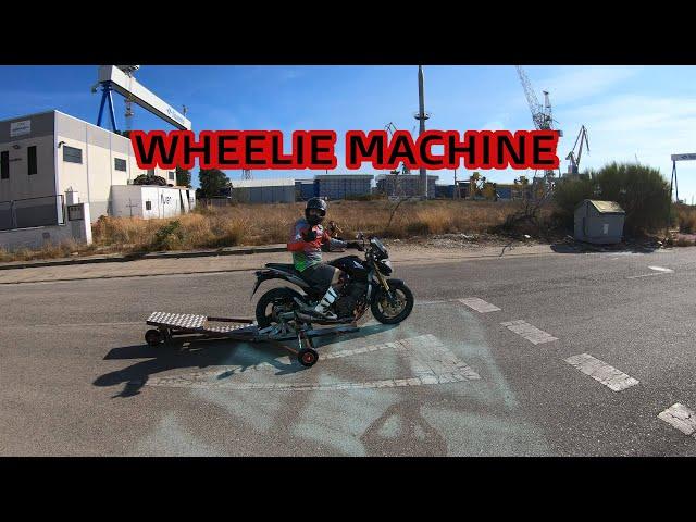 Aprender a hacer caballitos en moto | Wheelie Machine | Plataforma para caballitos | Cb600f hornet