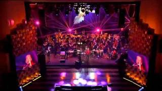 "Sting & Polish Radio Symphony Orchestra - ""Every Little Thing She Does Is Magic"" (cond. Adam Sztaba)"