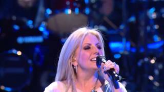 "Cindy Cruse Ratcliff - ""Edge of the Universe"" (Live)"