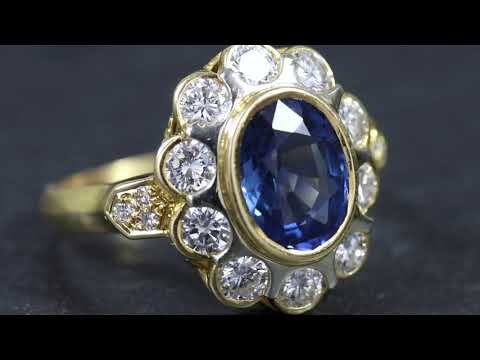 vintage-french-sapphire-diamond-cluster-ring-18ct-gold-3.80ct-sapphire