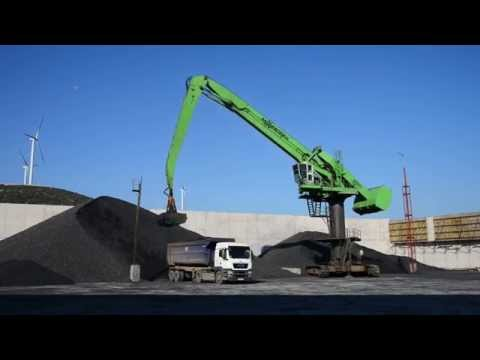 SENNEBOGEN - Port Handling: Balancer 880 EQ At Coal Loading With Clamshell Grab In Izmir, Turkey