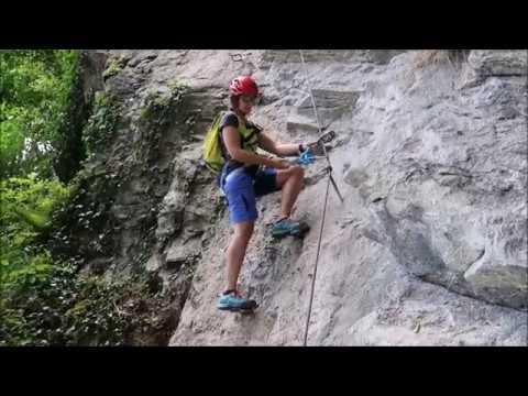 Klettersteigset Petzl Scorpio Vertigo : Petzl scorpio vertigo klettersteigset youtube