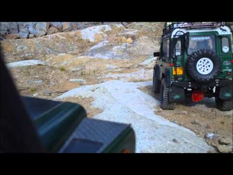 Off-Road Adventures in Mountains with RC D90 Gelände Ultimate Safari Defender