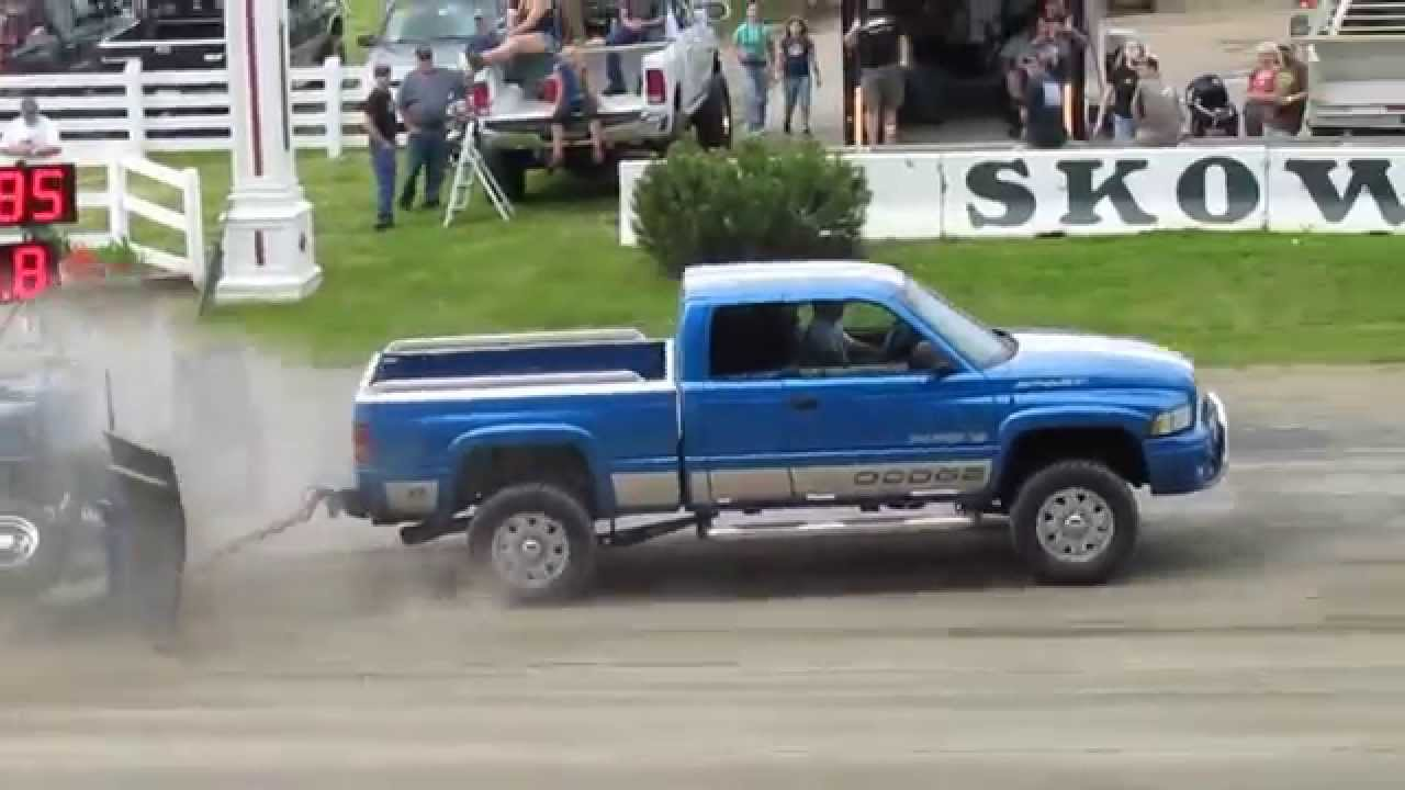 2000 Dodge Ram 2500 MAGNUM V10 Truck Pull 371 Ft  YouTube