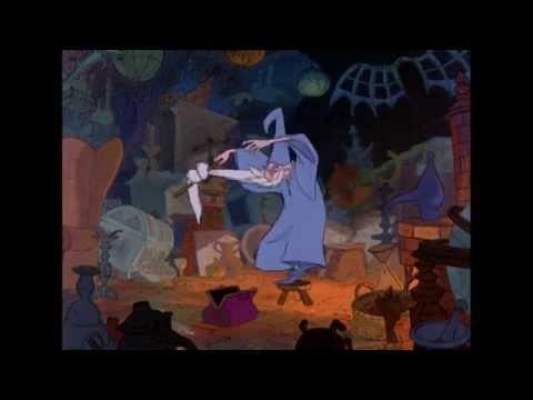 Merlijn De Tovernaar | Liedje: Higitus Figitus | Disney BE