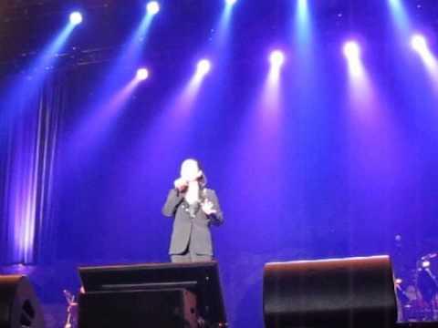 Il Divo - Dublin - 20141026 - Lea's Speech (post Whole New World)