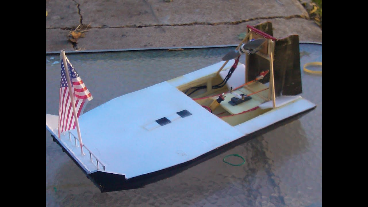 FOAM BOARD AIRBOAT IN THE SNOW Scratchbuilt - YouTube