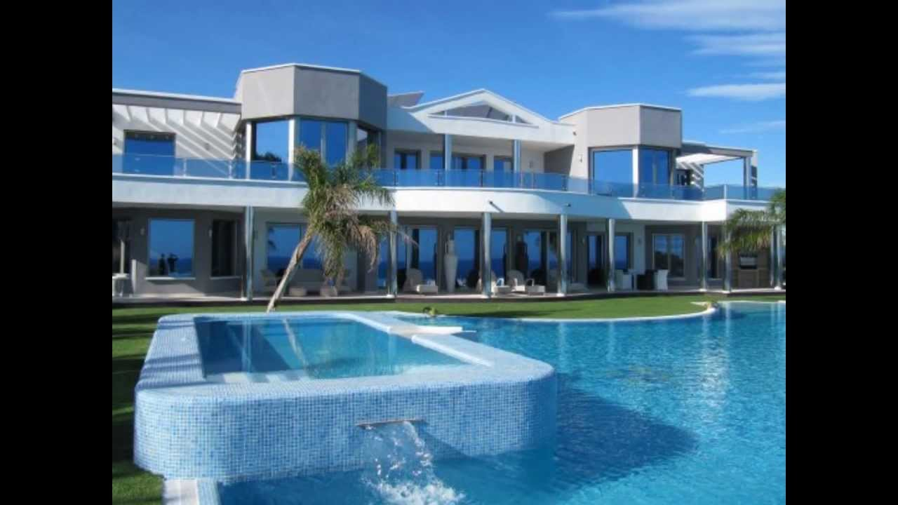 Ultra luxe villa te koop met 1e lijns zeezicht in moraira for Grote villa
