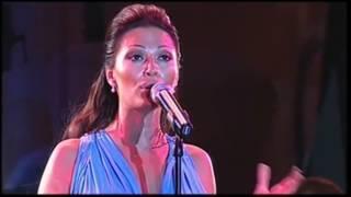 Ceca - Ja jos spavam u tvojoj majici - (LIVE) - Pivo fest - (Prilep 2010)