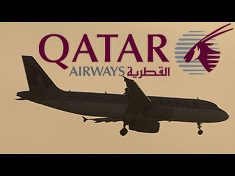 Qatar Airways Airbus A320 (A7-ADI) Approaching Doha Int'l  ( Windy )