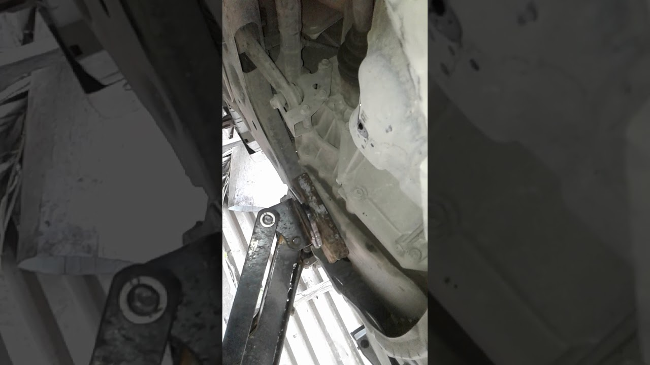 Nissan tiida oil change