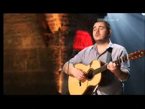 Paul McKenna - Loch Tay Boat Song !