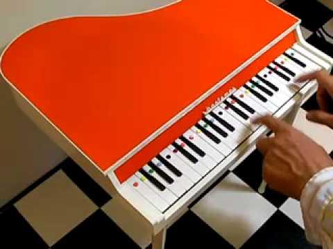 Bontempi Toy Piano PNS24 demo[organ69]