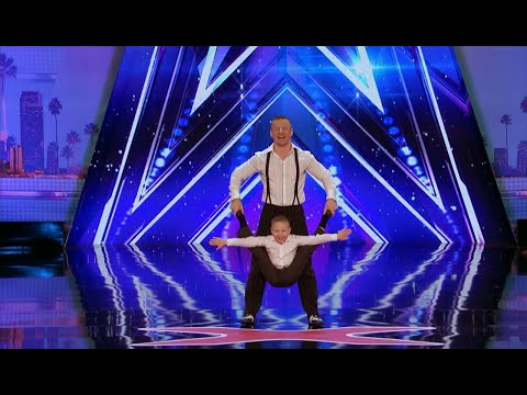 Father and son acrobat act wows audience in last week of AGT auditions