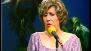 """""""LOS MORISQUETOS"""" (HELVECIA VIERA Y EDUARDO ARANGUIZ) EN NOCHE DE GIGANTES - UCTV CHILE 1978."""