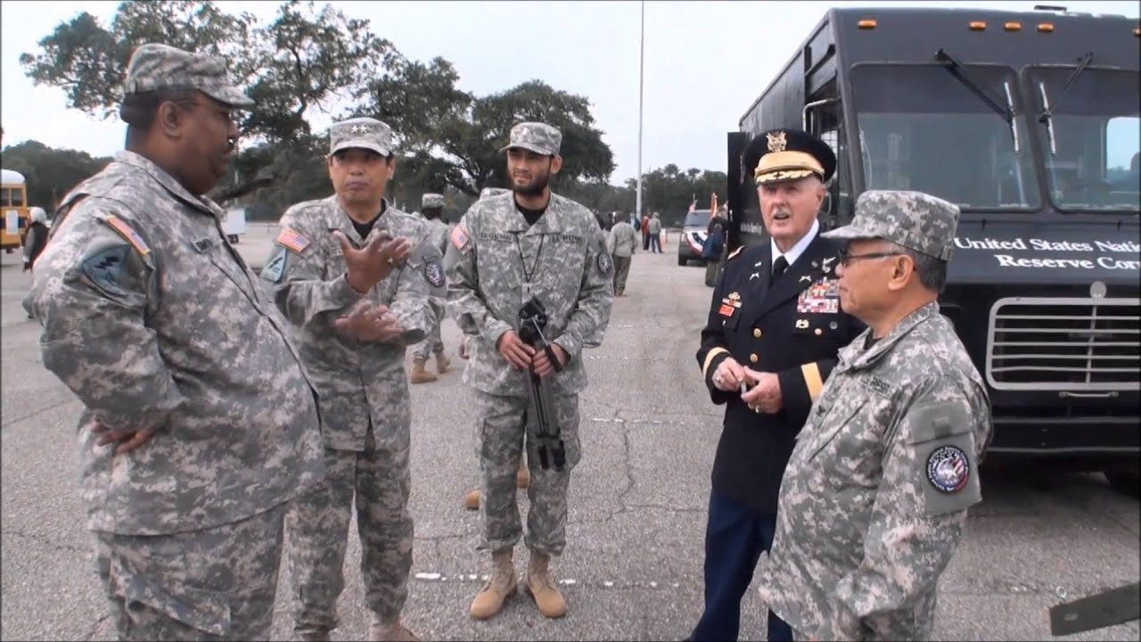 US army reserve units in Alabama Parade 11/11/15  Lao Justice