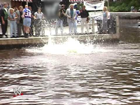 Disturbed - Glass Shatters ( WWE Stone Cold Steve Austin Tribute )