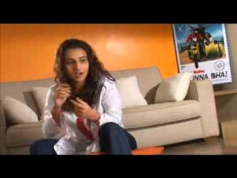 Rajkumar Hirani plays a prank on Vidya Balan