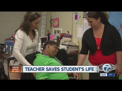 Teacher saves student's life