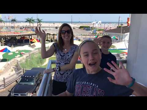 Star Lux Resort in Wildwood Review & Room Tour