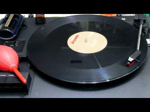 รวมศิลปิน (ไมโคร,บิลลี่,แหวน,ใหม่,นูโว) - มือขวาสามัคคี ( Vinyl Version )