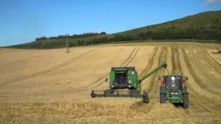 Tour Scotland September Barley Harvesting