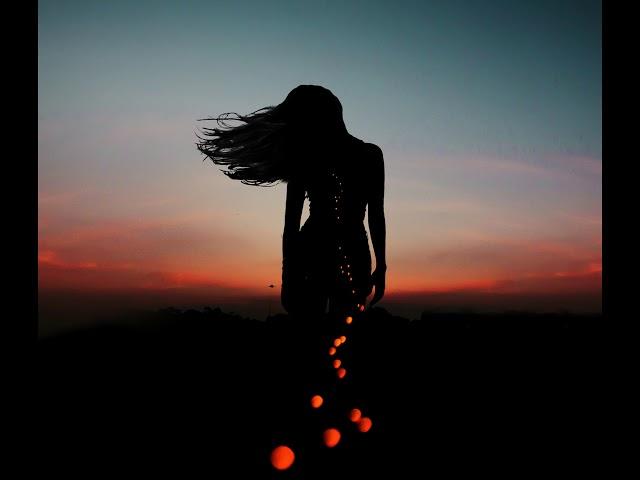 Woman Chant - by Roberto Manzoli