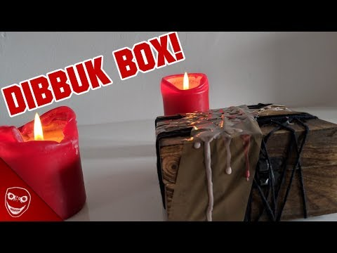 Der gruselige YouTube Trend - Dibbuk Box Openings!