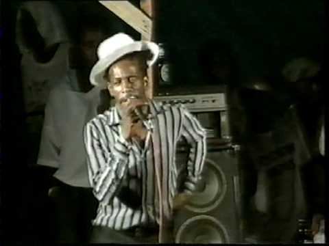 Golden Days of Reggae part 1 - Gregory Isaacs LIve