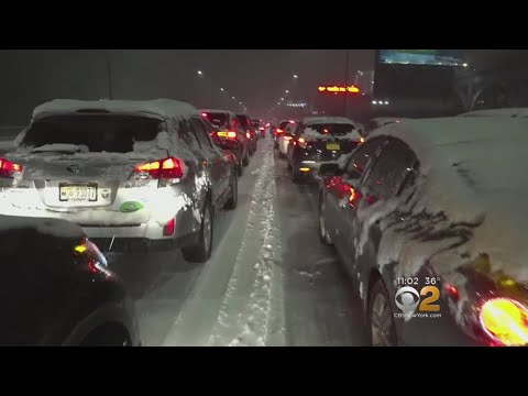 Tri-State's First Snowstorm Slams Area At Height Of Evening Rush