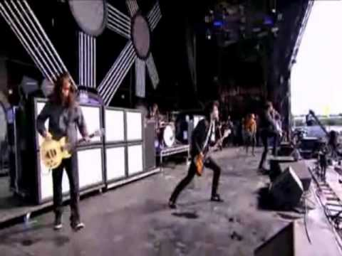 You Me At Six - Stay With me feat Hayley Williams @ Reading & Leeds Festival