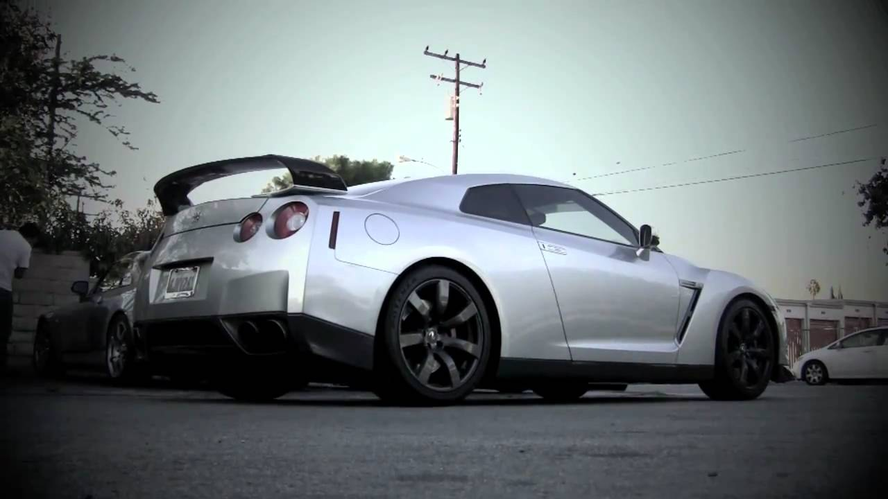 Password JDM R35 GT-R Ultimate Exhaust Sound Clip Two - YouTube