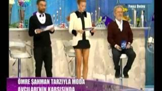 Ivana Sert iç çamaşırsız ekranda