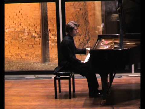 Pianist Severin von Eckardstein plays Granados: Los Requiebros