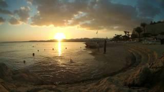 Закат в Шарме. Египет. Таймлапс. Вид с пляжа.