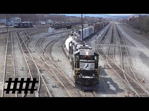 Norfolk Southern Switching in Rose Yard at Altoona, PA