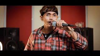 Lee Yang - Srolanh Knea Yu Mek Steav ស្រលាញ់គ្នាយូរម៉េចស្ទាវ Cover Khanh Sioun - MV Home Studio