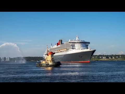 Queen Mary 2 - Halifax Harbour, NS (time-lapse)
